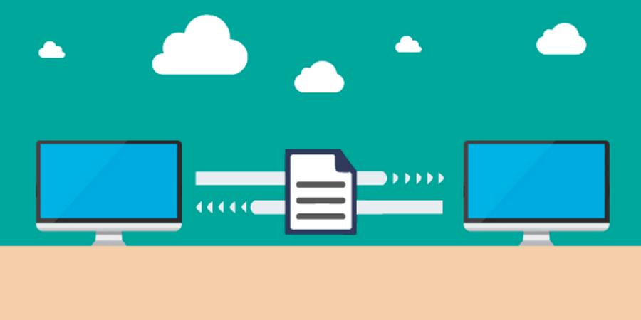 Imagem de dois computadores trocando um documento, simbolizando a importância de não gerenciar documentos em pastas de rede.