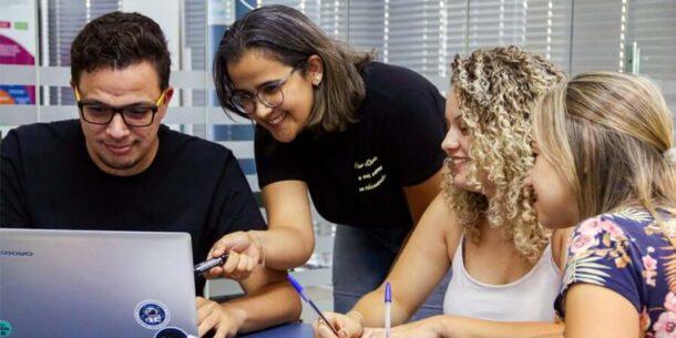Como a metodologia OKR contribui com o engajamento dos colaboradores.